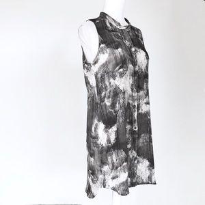Eileen Fisher silk sleeveless long blouse gray